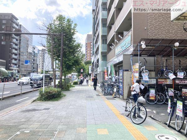 亀戸駅前交差点から直進